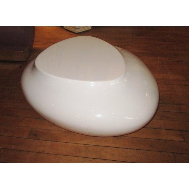 Plastic Contemporary White Fiberglass Cedric Ragot for Roche Bobois Cute Cut Xxs Cocktail Table For Sale - Image 7 of 7
