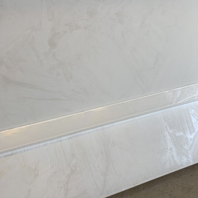 1990s Contemporary High Gloss Lacquer Dining Table Extends For Sale - Image 5 of 12
