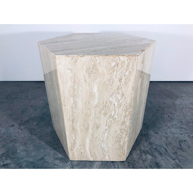 1970s Mid-Century Modern Hexagonal Italian Travertine Pedestal or Side Table For Sale In Miami - Image 6 of 10