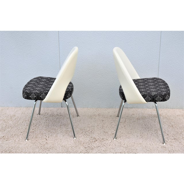 Metal Mid-Century Modern Eero Saarinen for Knoll Executive Armless Chairs - a Pair For Sale - Image 7 of 13