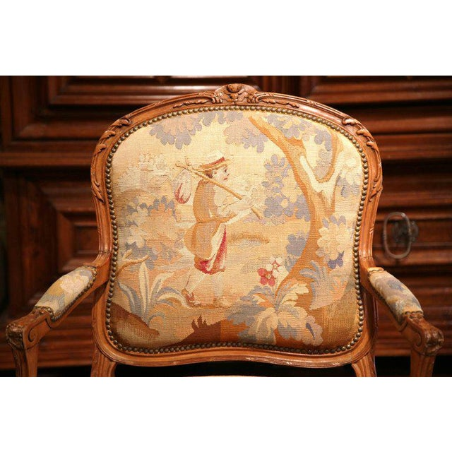 19th Century French Louis XV Carved Walnut Armchair With Aubusson Tapestry For Sale In Dallas - Image 6 of 11