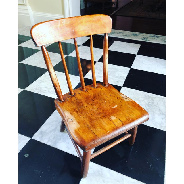 American Primitive Child's Windsor Chair - Image 5 of 5