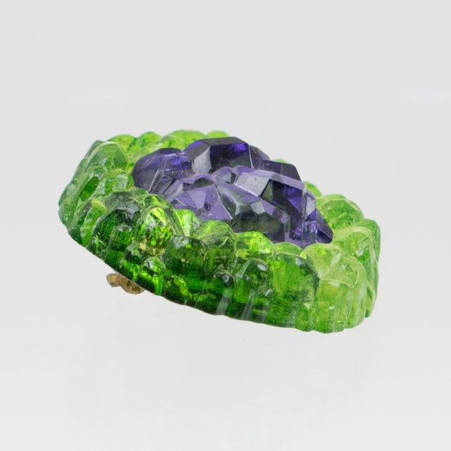 1960s Oversized Italian Luminous Green and Purple Rock Lucite Clip on Earrings For Sale - Image 5 of 6