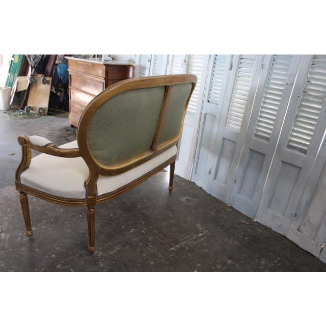 White Vintage 20th Century French Louis XVI Style Oval Back Settee For Sale - Image 8 of 9