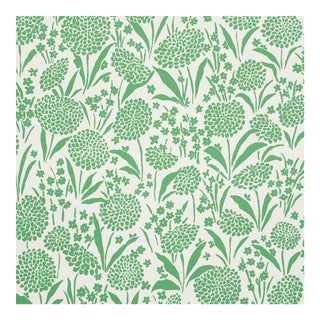 Sample - Schumacher Chrysanthemum Wallpaper in Green For Sale