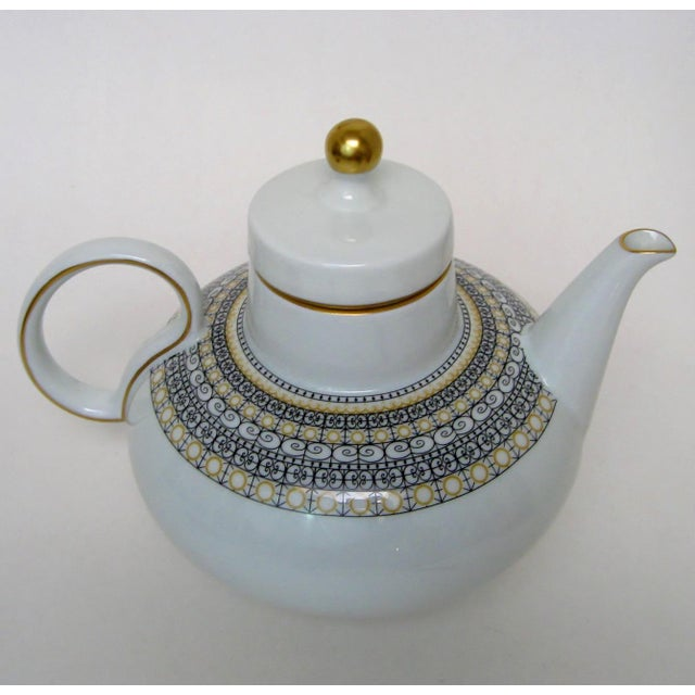 Argentinian Porcelain Teapot For Sale - Image 4 of 9
