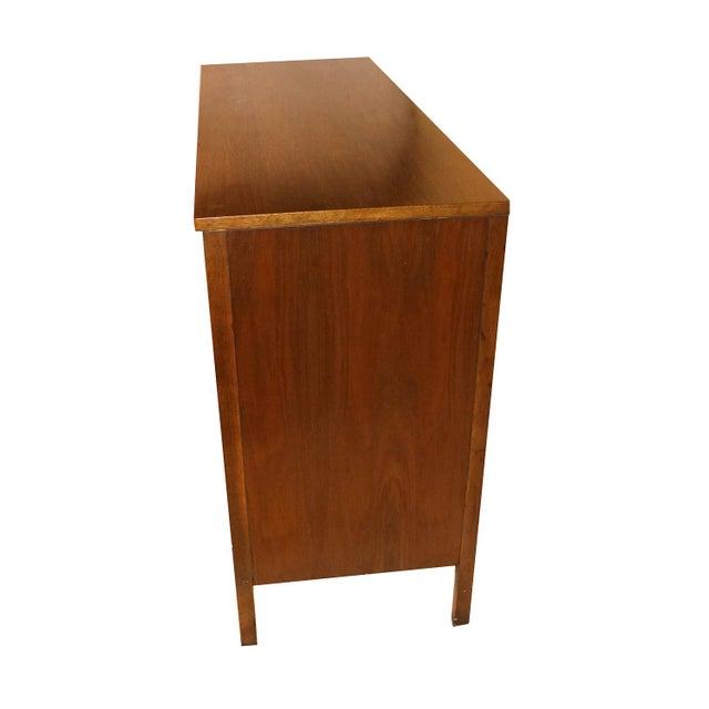 Mid-Century Modern Mid Century Paul McCobb Calvin Group Dresser Media Center Bar Cabinet For Sale - Image 3 of 8