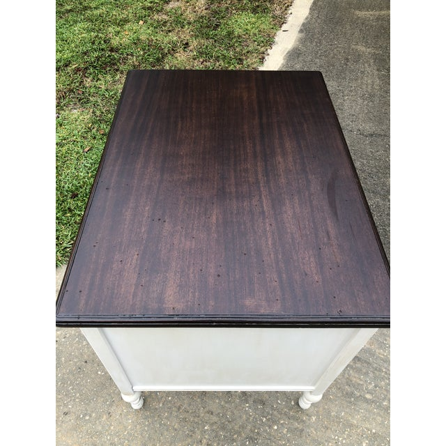 Vintage Traditional Mahogany Writing Desk For Sale In Orlando - Image 6 of 11