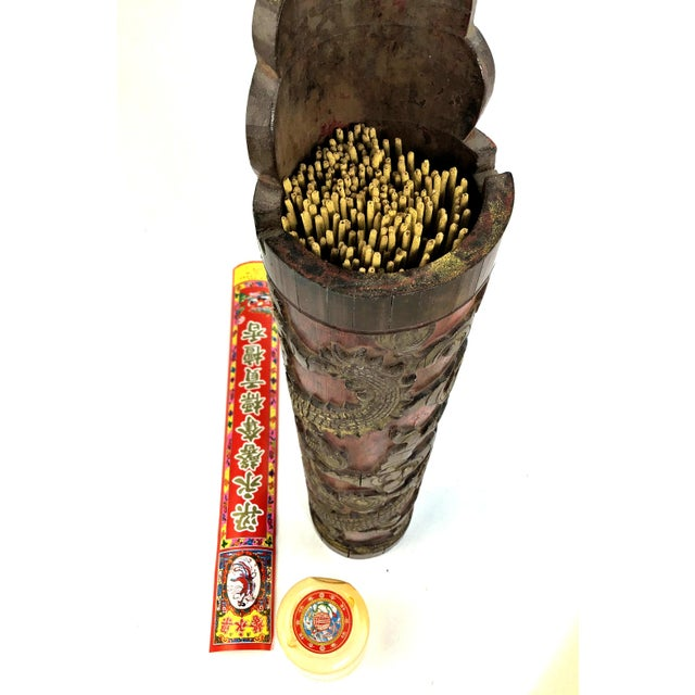 1900s Chinese Carved & Gilt Painted Bamboo Incense Holder For Sale - Image 9 of 12