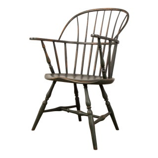 18th Century Antique Windsor Chair With Extended Arms For Sale