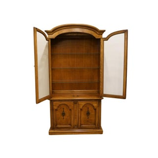 """20th Century Traditional Thomasville Huntley Furniture Romano Collection Italian Neoclassical 42"""" Display China Cabinet Preview"""