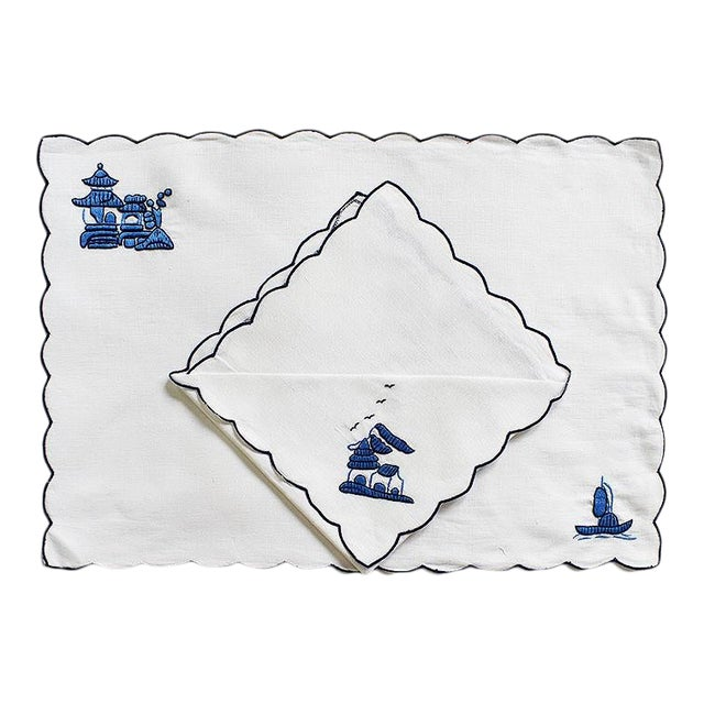 Chinoiserie Embroidered Linen Placemat and Napkin Set in Blue and White - Set of 8 For Sale