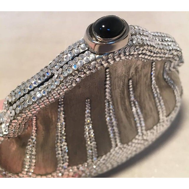 Art Nouveau Judith Leiber Silver Metal and Swarovski Crystal Coin Pouch Minaudiere For Sale - Image 3 of 9