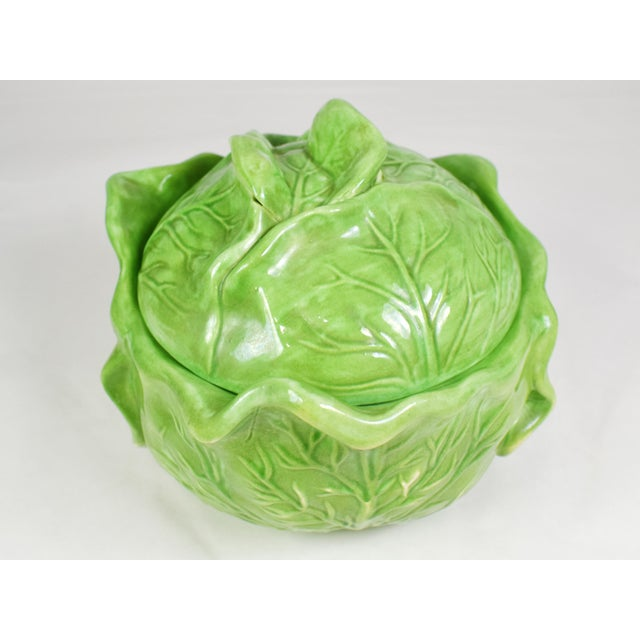 1970s Mid-Century Holland Mold Ceramic Lettuce or Cabbage Serving Bowl With Lid For Sale - Image 5 of 12