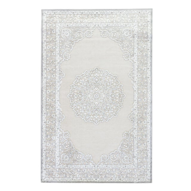 """Contemporary Jaipur Living Malo Medallion Gray & White Area Rug - 7'6"""" X 9'6"""" For Sale"""