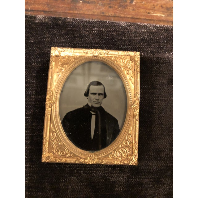 Collection of School Children and Teacher Portraits Circa 1870 in Acrylic Case - Set of 20 For Sale - Image 9 of 13
