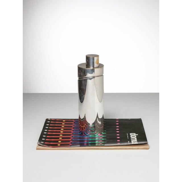 """Lino Sabattini """"Windsor"""" Shaker by Lino Sabattini for Christofle For Sale - Image 4 of 5"""