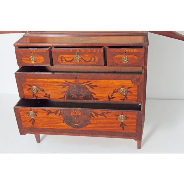 George III Satinwood and Inlaid Bookcase Attributed to Gillows For Sale In Dallas - Image 6 of 13