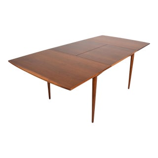 Mid-Century Modern Classic Eames Paul McCobb Walnut Dining Table For Sale