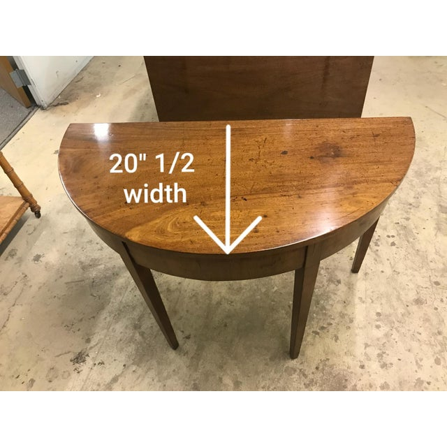 19th Century Hepplewhite Expandable Mahogany Dining Table With Two Demilunes For Sale - Image 10 of 11