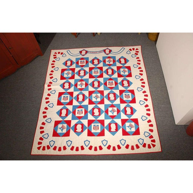 This is such a fine example of Americana at its best. This fantastic applique quilt has the profile of George Washington...