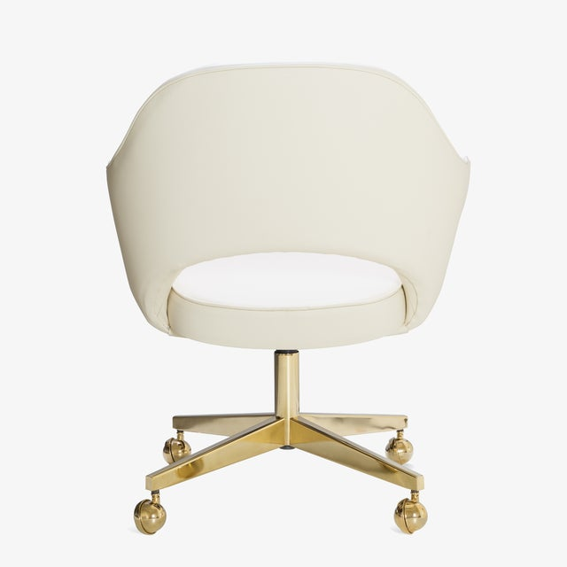Not Yet Made - Made To Order Saarinen Executive Arm Chairs in Crème Leather, Swivel Base, 24k Gold Edition For Sale - Image 5 of 8