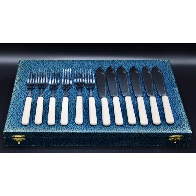 Art Deco Art Deco Chrome Plated Bakelite Silverware Set For Sale - Image 3 of 12