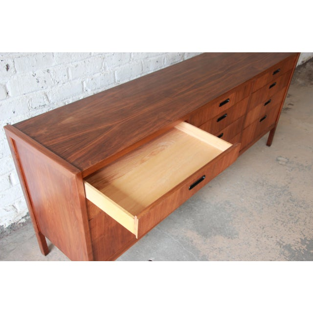 Brown Mid-Century Modern Walnut Twelve-Drawer Dresser or Credenza by Founders For Sale - Image 8 of 13