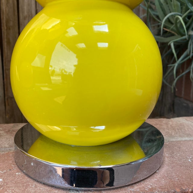 1960s Mid-Century Modern Sonneman Kovaks Yellow Stacked Ball Ceramic Lamps with Original Shades - a Pair For Sale - Image 9 of 13