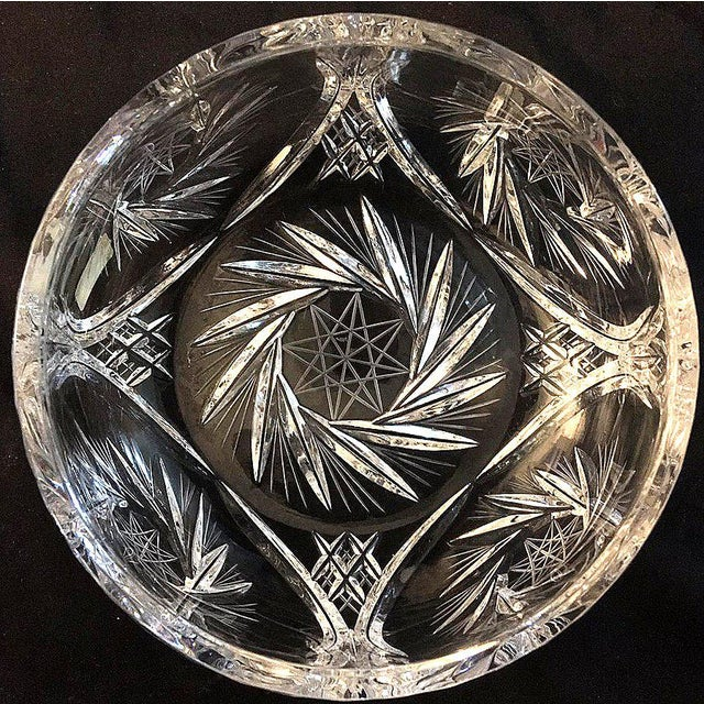 """Lausitzer Glas Crystal Clear Hand Cut Large Bowl Pinwheel Star Pattern Beautiful! 4""""H x 6.5""""W In Excellent Condition"""