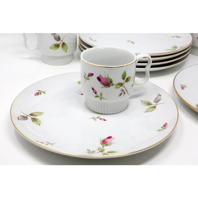 1970s Chinoiserie Royal Geoffrey Rosebud Snack Plates and Cups - 12 Piece Set For Sale - Image 9 of 13