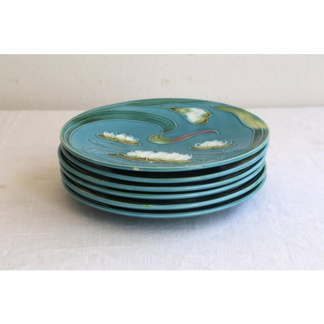 Art Nouveau Art Nouveau Majolica Plates - Set of 4 For Sale - Image 3 of 5