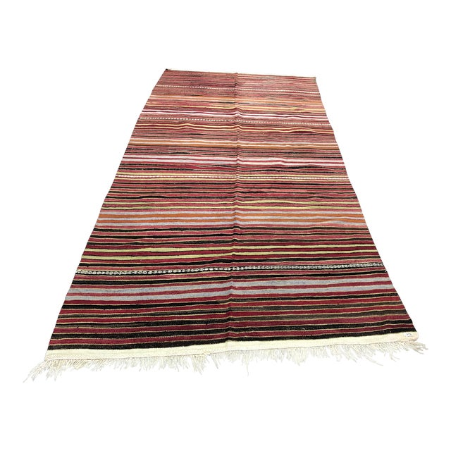 1960s Vintage Handwoven Turkish Kilim Rug - 5′3″ × 10′11″ For Sale