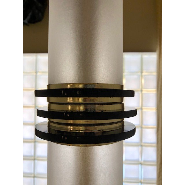 Vintage 1960's Mid Century Modern Brass and Lucite Bauer Torchiere Floor Lamp For Sale In West Palm - Image 6 of 9