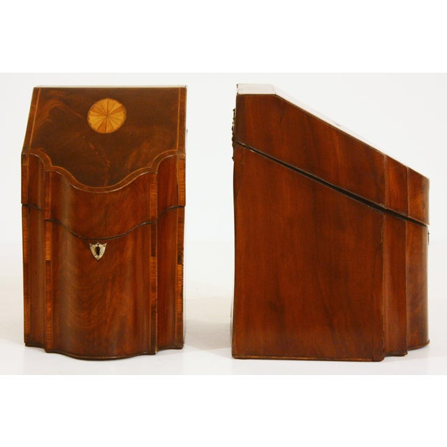 Pair of George III Mahogany Serpentine Inlaid Knife Boxes Circa 1780 For Sale In Dallas - Image 6 of 8