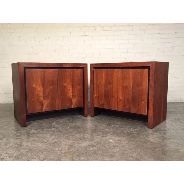 Milo Baughman for Dillingham Mid-Century Modern Nightstands - a Pair - Image 2 of 8