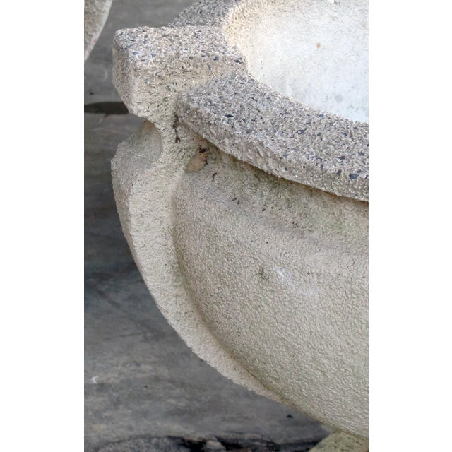 1990s A Handsome Pair of American Cast Stone Garden Urns For Sale - Image 5 of 7