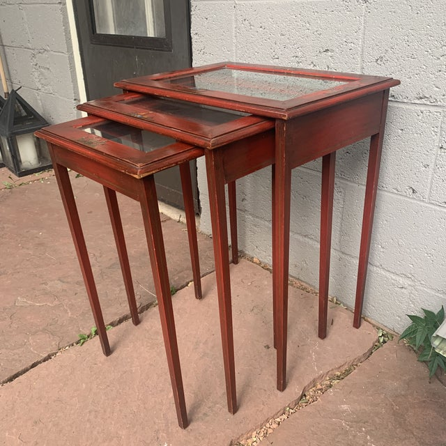 Japanese Red Lacquer and Glass Nesting Tables - Set of 3 For Sale - Image 4 of 13