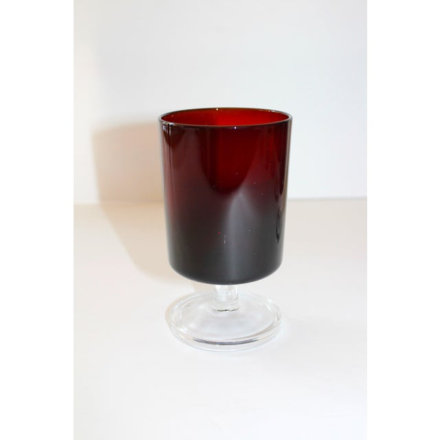 Set of 8 Mid-Century Modern Crystal Wine Glasses in Red, 1960's For Sale - Image 11 of 13