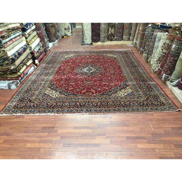 Textile 1970s Vintage Persian Kashan Rug - 9′7″ × 12′9″ For Sale - Image 7 of 7