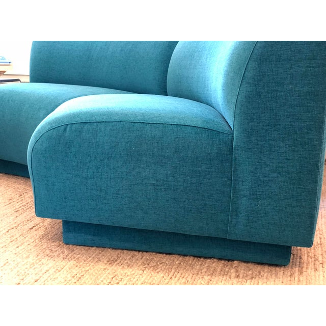 Vintage Turquoise Semi Circle Sofa - Image 3 of 9