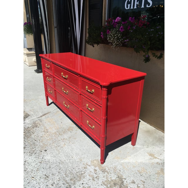 Chinoiserie 1970s Vintage Henry Link Red Lacquered Faux Bamboo Dresser For Sale - Image 3 of 6
