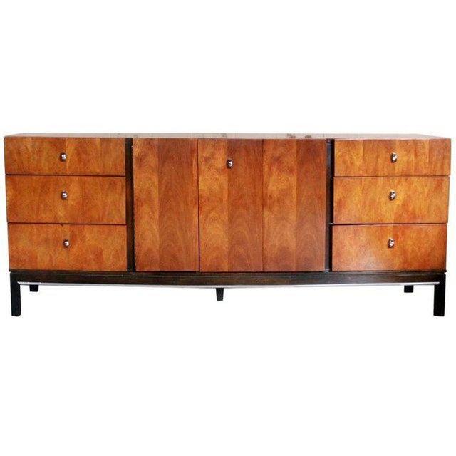 American of Martinsville 9 Drawer Dresser For Sale - Image 10 of 10