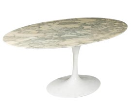 Image of Mid-Century Modern Dining Tables