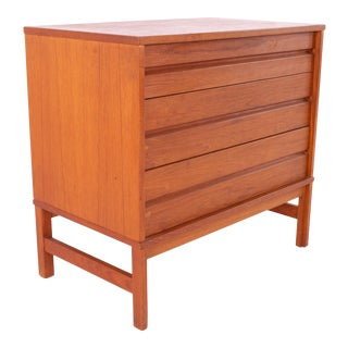 Canadian Teak Mid Century 3 Drawer Dresser Chest Nightstand For Sale