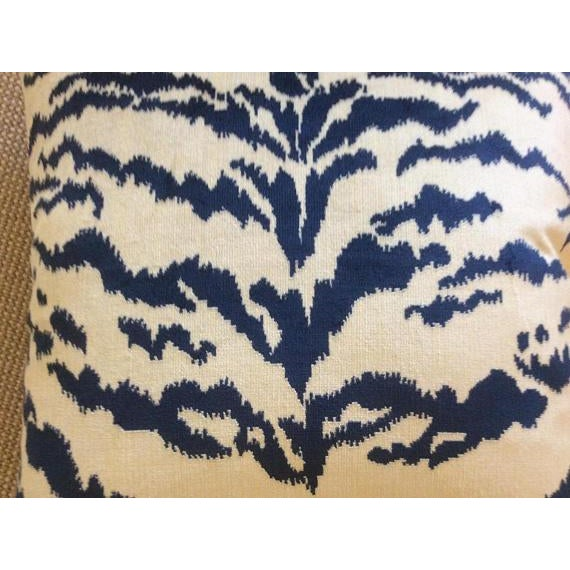 Contemporary Tiger Stripe Blue & Ivory Velvet Pillows - a Pair For Sale - Image 4 of 7