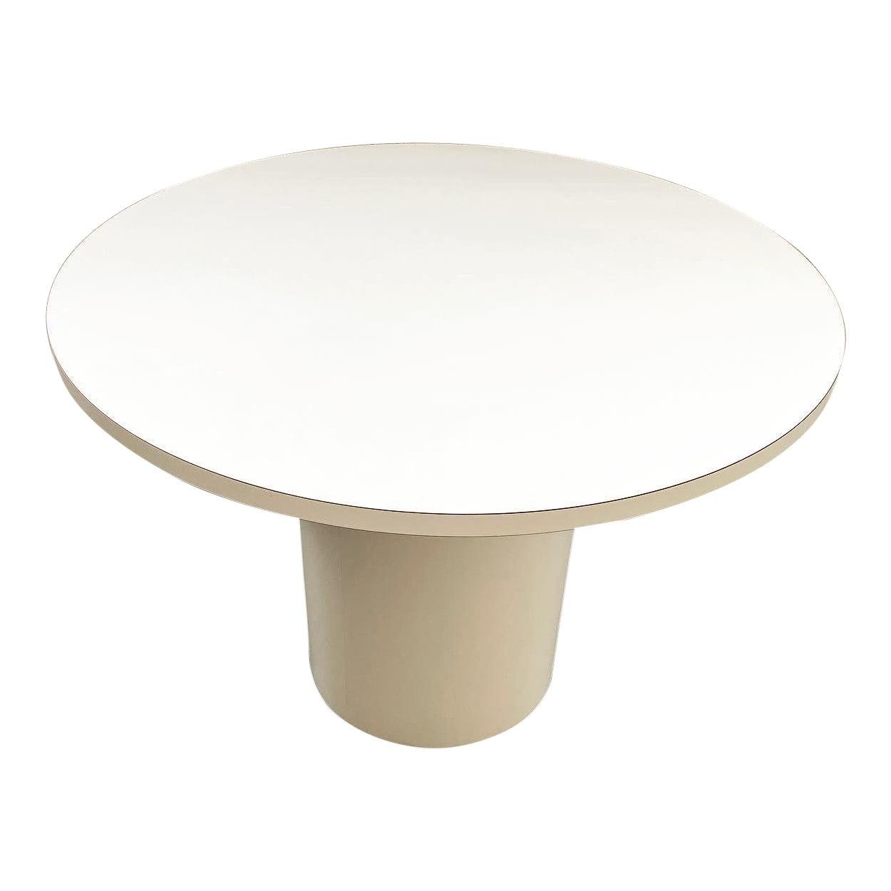 Vintage Round White Laminate Dining, Round White Dining Table With Pedestal Base