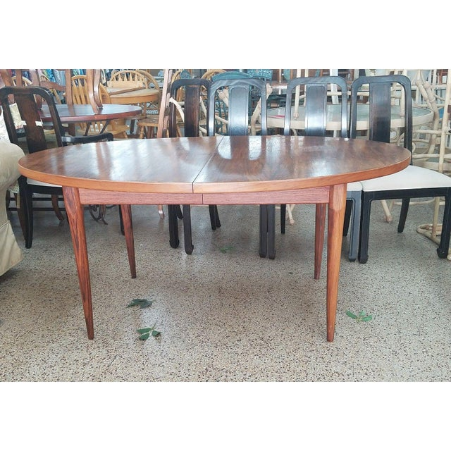 1960s 1960's Danish Mid-Century Modern Style Rosewood Dining Table For Sale - Image 5 of 12