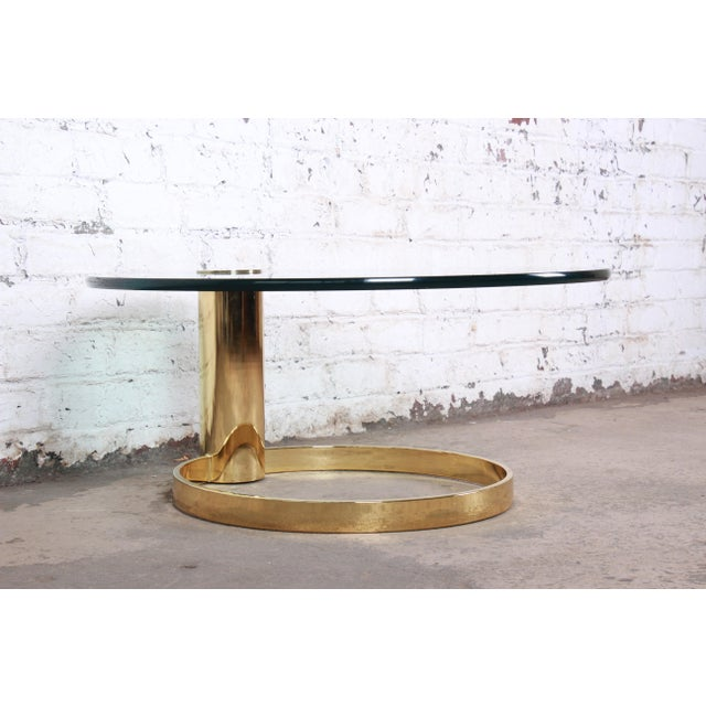 1970s Leon Rosen for Pace Collection Cantilevered Brass and Glass Coffee Table For Sale - Image 5 of 9