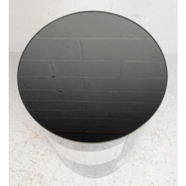 Mid-Century Modern Mid-Century Modern Chrome and Mirror Pedestal For Sale - Image 3 of 5